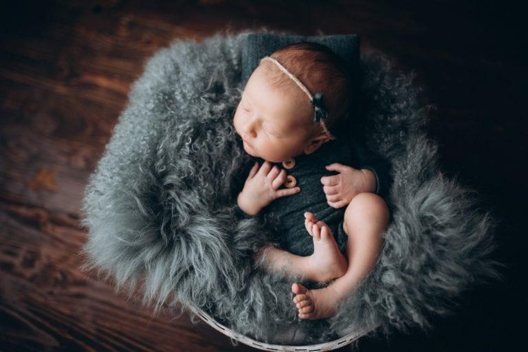 familienfotos babyfotos baby bilder baby fotoshooting babyfotografie wiesbaden mainz
