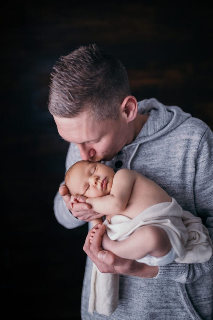 familienfotos fotoshooting baby baby fotograf babyfotograf wiesbaden babyfotos zuhause wiesbaden mainz